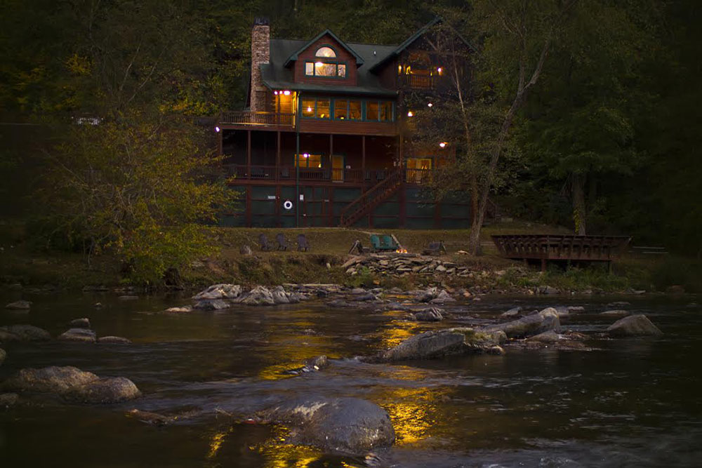 edgewater-1 The Perfect Cabins for Your Family Vacation in Ellijay - Gilmer County Chamber of Commerce