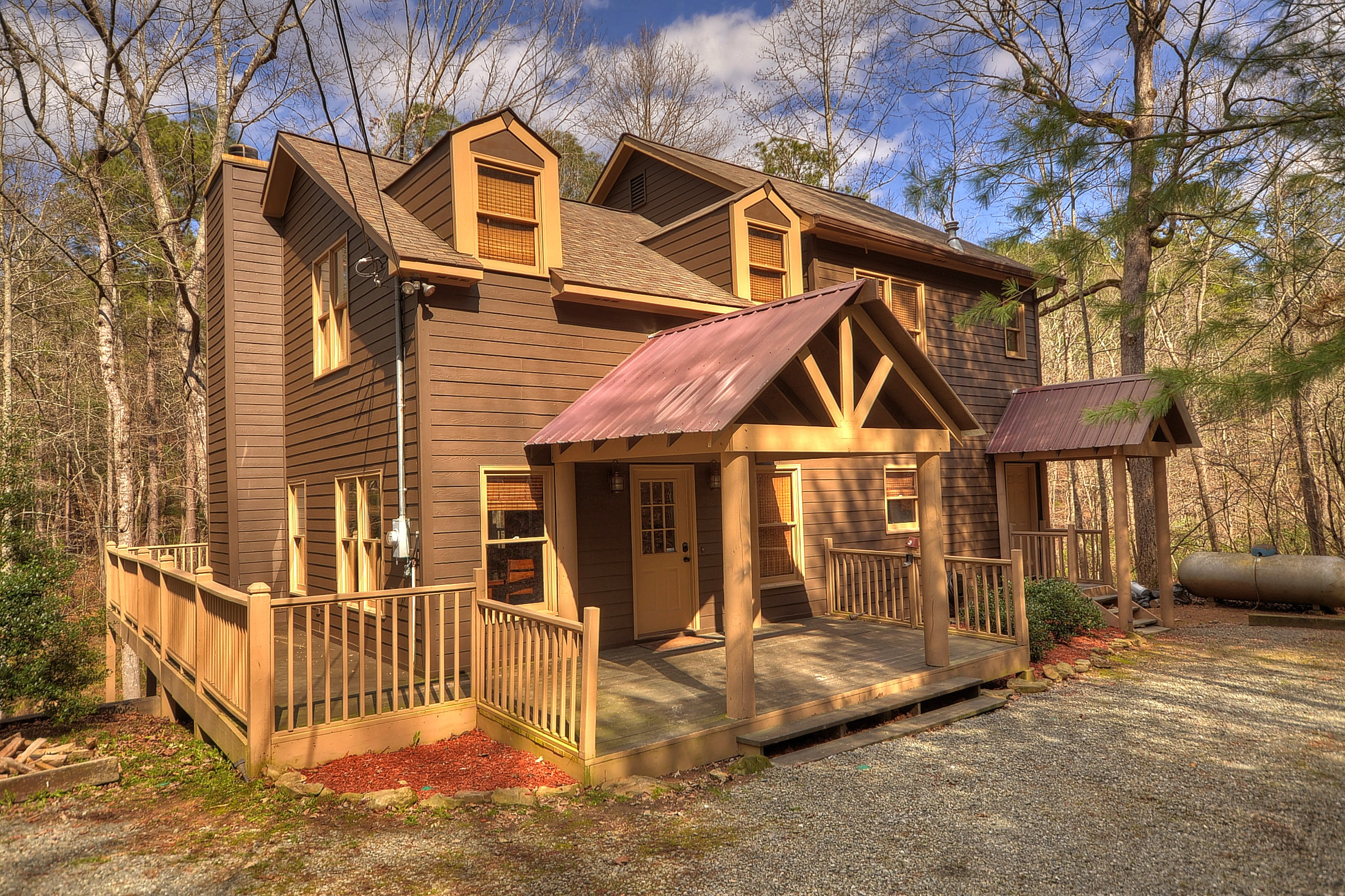 283-Reindeer-Lane-3 The Perfect Cabins for Your Family Vacation in Ellijay - Gilmer County Chamber of Commerce