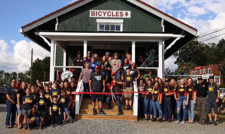 Cartecay Bike Shop Ribbon Cutting